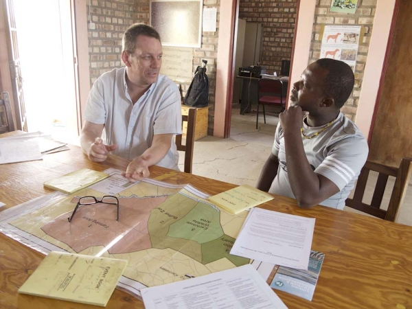 Planning the way ahead at WWF-supported Soris Sorris conservancy. Photo: Peter Prokosch