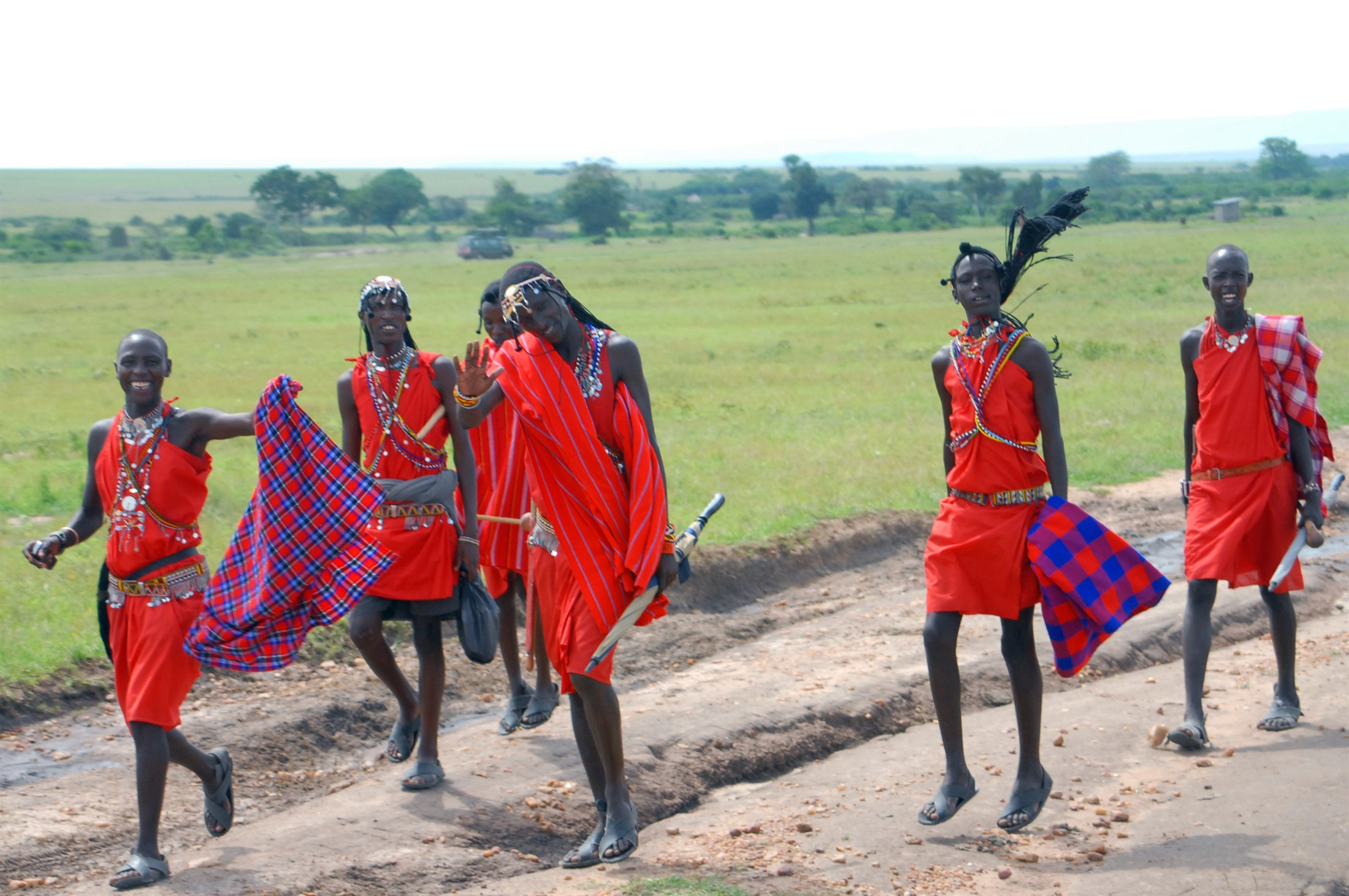 maassai people in masai mara game reserve kenya