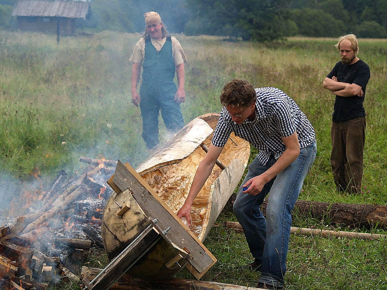 Dugout canoe-building workshop